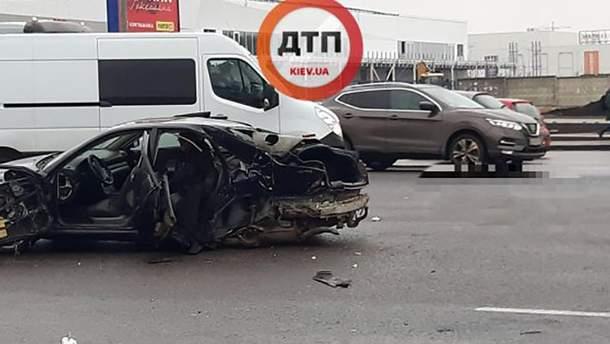 Жуткая авария на Кольцевой в Киеве
