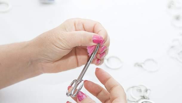 В чому небезпека нафабованих та нарощених нігтів