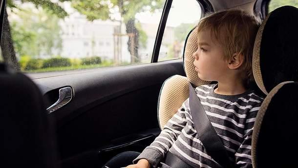 Кого штрафуватимуть за порушення правил щодо автокрісла в таксі