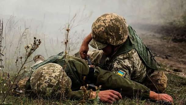 На Донбассе ранили сразу четырех украинских военных