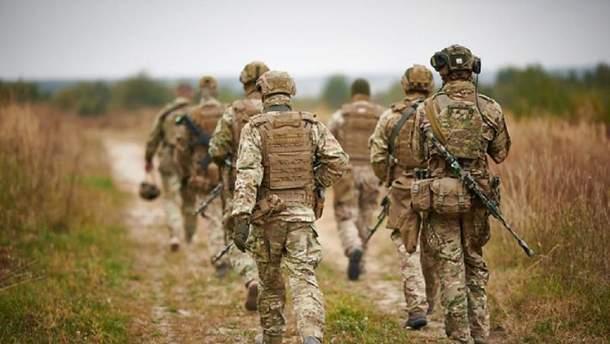 Для інспекції розведення військ у Золотому туди навідалися члени оборонного комітету