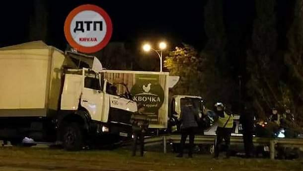 Аварія на Братиславській у Києві