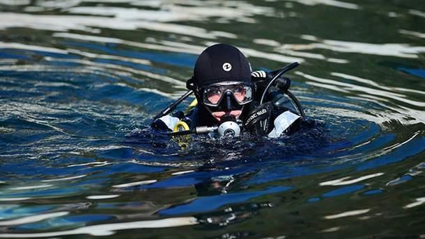 В Житомирской области уже второй день ищут погибшего водолаза