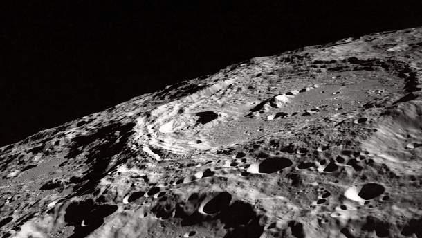 В NASA открыли первый образец с лунным грунтом