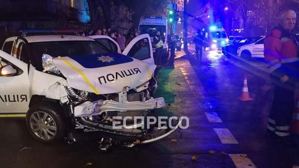 ДТП у Києві з поліцейським автомобілем