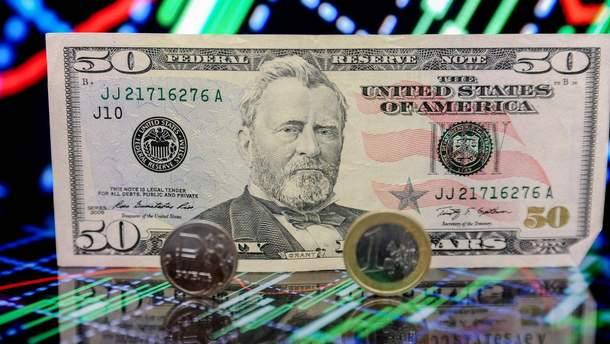 Курс валют на 12 листопада: долар та євро майже не змінили позицій