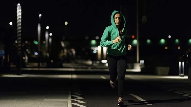 Вечерняя пробежка: чем полезен бег по вечерам