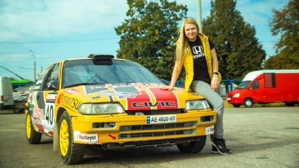 На соревнованиях по кроссу под Харьковом гонщица 15 раз перевернулась на автомобиле:  видео