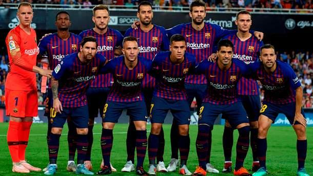 """""""Барселона"""" презентувала патріотичний комплект форми: відео"""