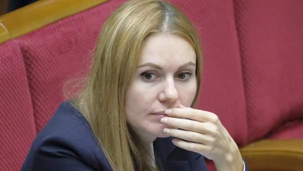 """Скандал у """"Слузі народу"""": депутатка заявляє про затримання її чоловіка через голосування"""