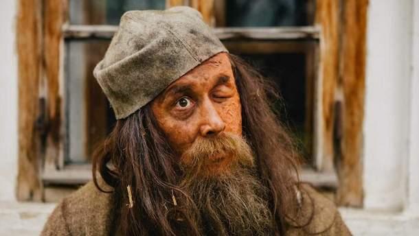 Сергій Бабкін перевтілився до невпізнаваності заради ролі: приголомшливі фото