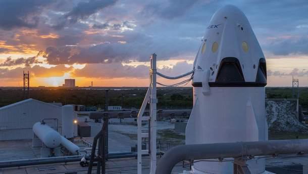 На крок ближче до пілотованих польотів: SpaceX провела успішні випробування корабля Crew Dragon