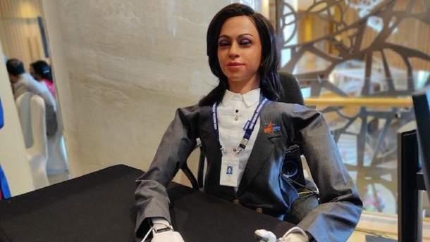 Индия отправит в космос человекоподобного робота-женщину