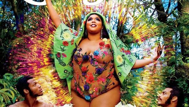 Пышнотелая певица Lizzo полностью обнажилась для глянца: фото 18+