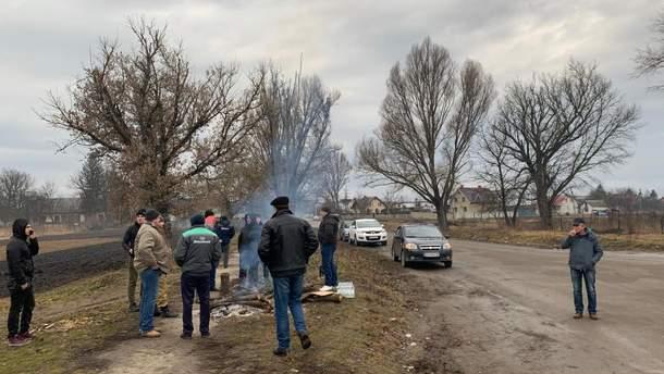 Эвакуация украинцев из Китая: в Тернопольской области уже ставят блокпосты