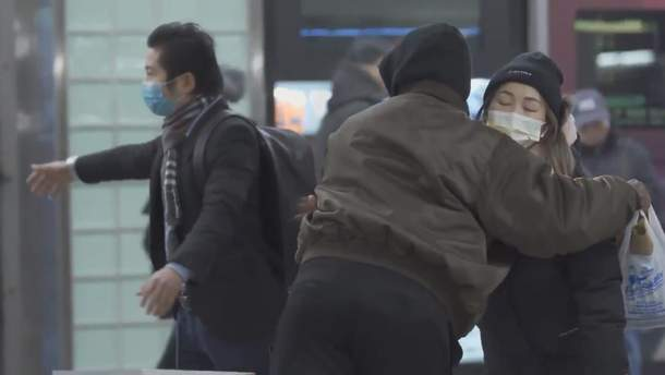 Ксенофобия или коронавирус: люди по всему миру начали хуже относиться к людям из Азии