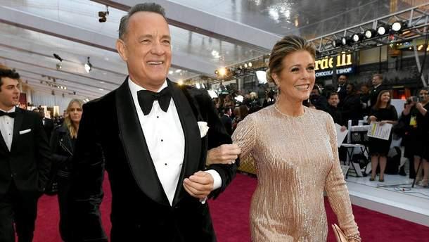 Том Хэнкс и его жена вернулись в Америку после лечения коронавируса: фото