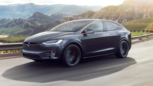 Електрокар Tesla Model X зламали за кілька хвилин: відео
