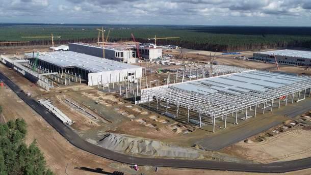 Одна фабрика – як увесь світ: Ілон Маск про новий завод акумуляторів Tesla