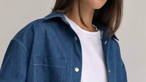 С чем носить джинсовую рубашку этой весной: стильные образы для прогулок