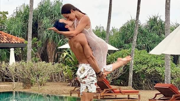 Олександр Стоянов зачарував фото з Катериною Кухар: романтичний кадр зі Шрі-Ланки