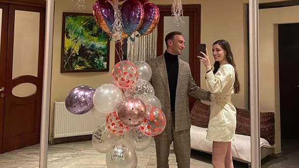 """""""Холостяк"""" Иракли Макацария очаровал новым фото с 19-летней избранницей"""