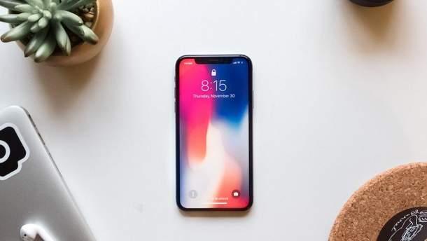 """Як прибрати """"брову"""" в iPhone: дизайнер запропонував сміливе рішення"""