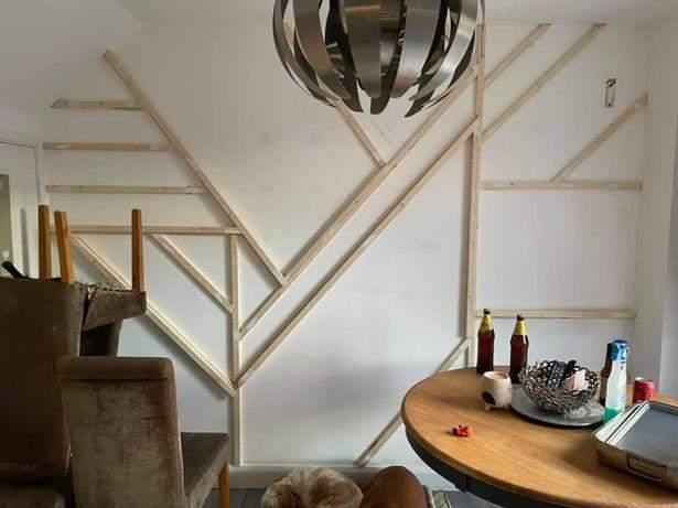 За допомогою дерев'яних брусів та клею: як бюджетно оновити вітальню