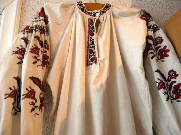 Особливості київських вишиванок