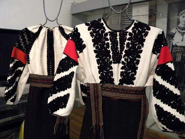 Тернопольские вышиванки черными нитками