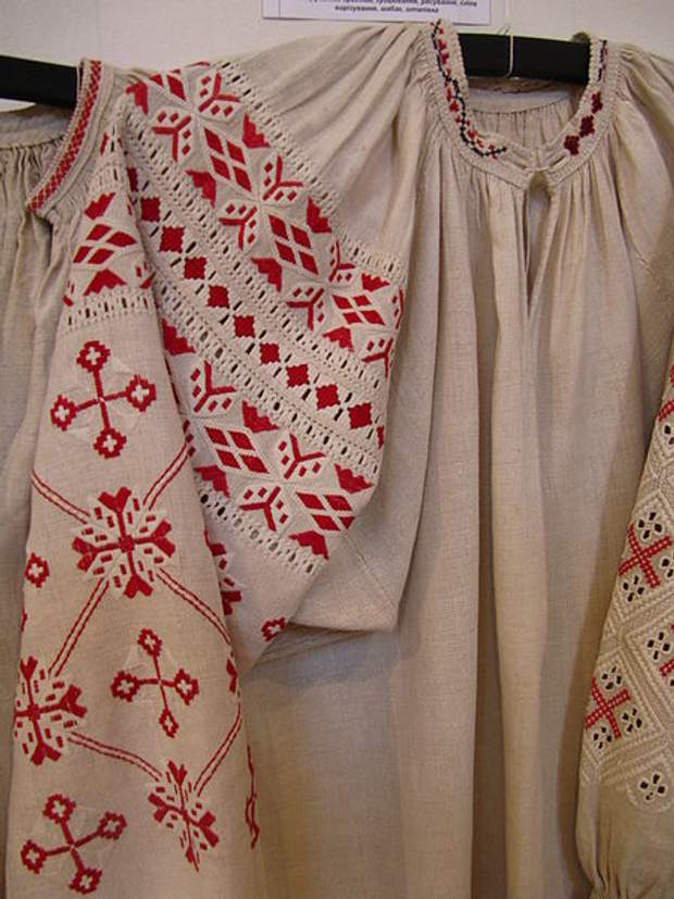 Волынским вышиванкам присущи геометрические мотивы