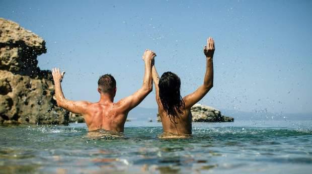 Добірка пляжів де можна відпочити голяка