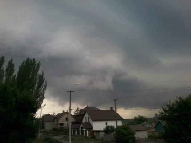 Кривий Ріг, злива, хмари