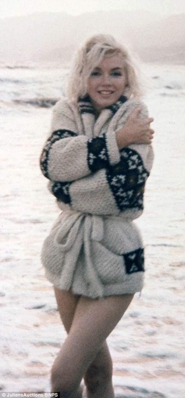 Последние откровенные фото Мэрилин Монро выставили на ... Гривен Символ