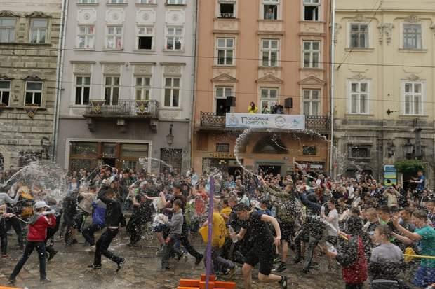 Обливаний понеділок у Львові