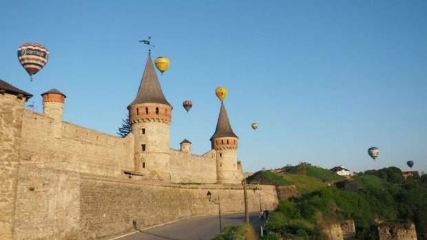 Кам'янець-Подільська фортеця – те, що треба на довгі травневі вихідні