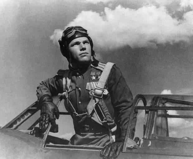 Іван Кажедуб, авіація, Герой Другої світової війни