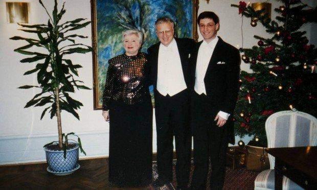 Джанет Єллен з чоловіком та сином