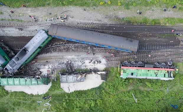 Фото зіткнення поїздів біля Кам'янця Подільського
