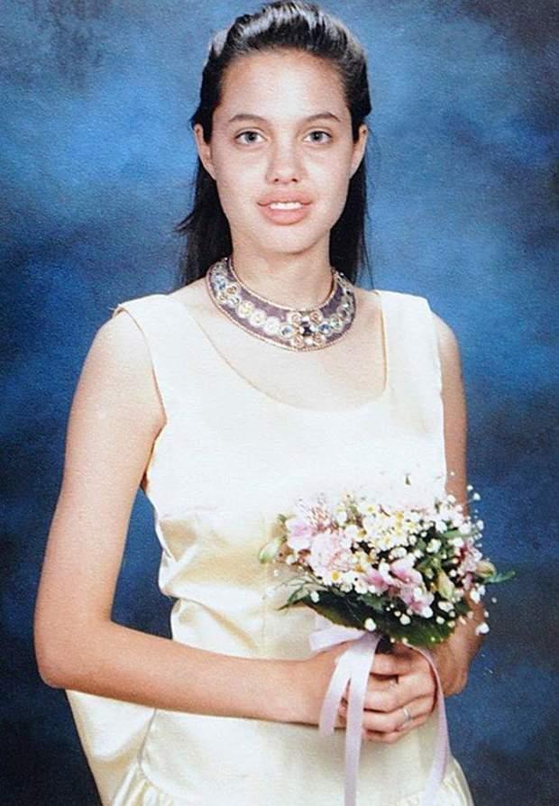 Анджеліна Джолі на випускному