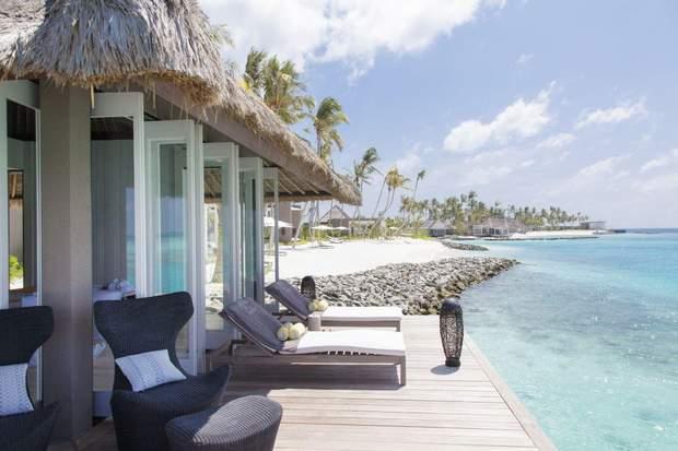 Відпочинок Порошенка на острові