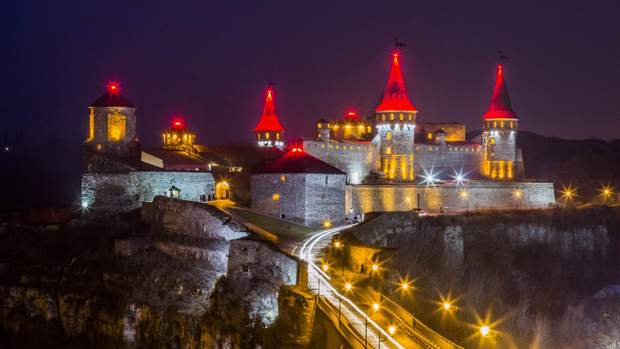 Кам'янець-Подільська фортеця – осередок романтики