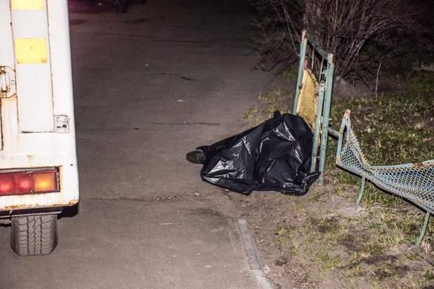 У Києві виявили труп молодого чоловіка