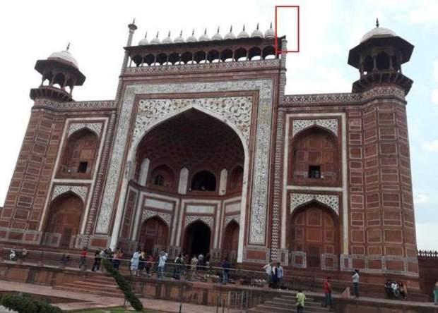 Тадж Махал Індія пам'ятка пошкодження