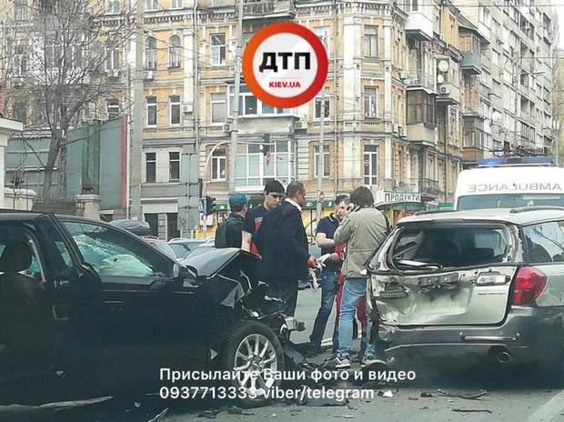 У Києві сталося серйозна ДТП