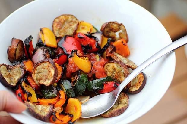 Рецепти салатів для пікніка на природі