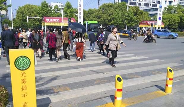 Китай пішохідний перехід