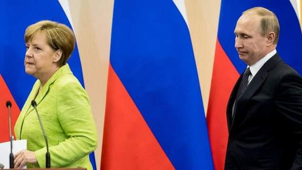 Ангела Меркель не поспішає оголошувати бойкот ЧС-2018 в Росії