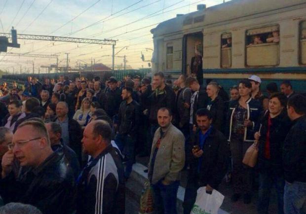 Львів, пасажири, Укрзалізниця, блокування
