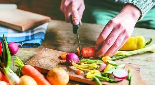 Найкраща страва для тих, хто худне – овочеві салати